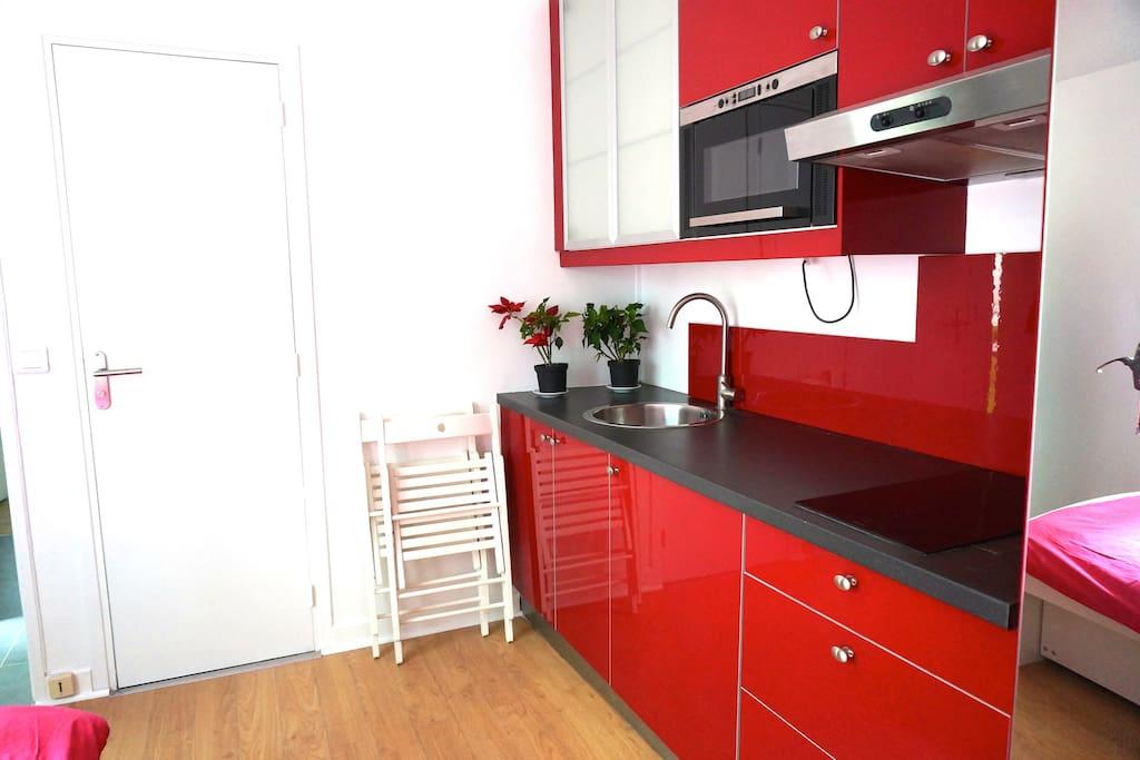 studio cosy proche la defense et fac de nanterre appartamenti in affitto a le v sinet le de. Black Bedroom Furniture Sets. Home Design Ideas