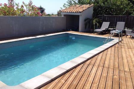 Villa t4 grande piscine et terrasse