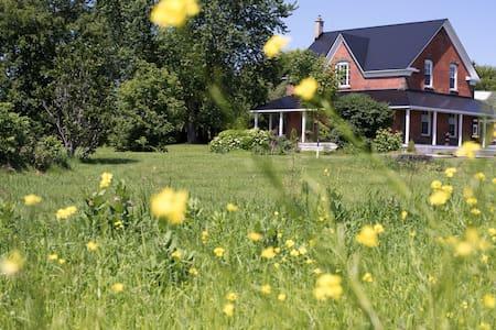 Victorian Country Farmhouse - Carp - Rumah