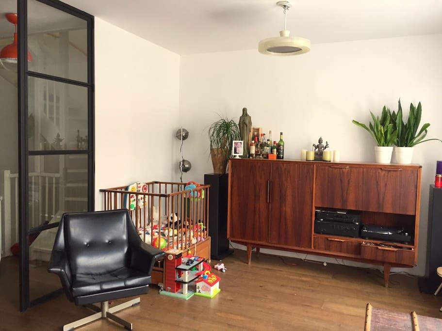 1rst floor living room