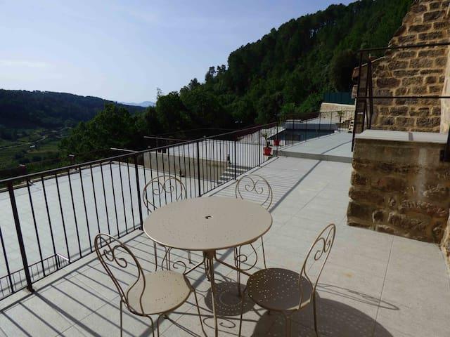 """""""La terrasse"""" havre de paix idéal pour 4 personnes - Faugères - Lägenhet"""