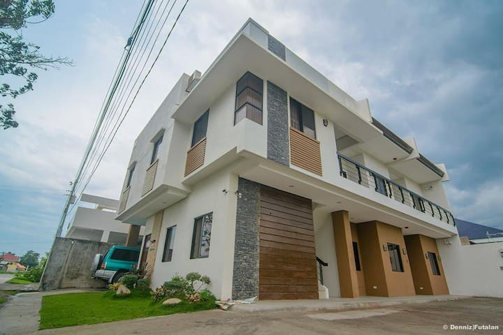 S&F Apartments - Dumaguete City,Fully Furnished 1 - Dumaguete - Byt