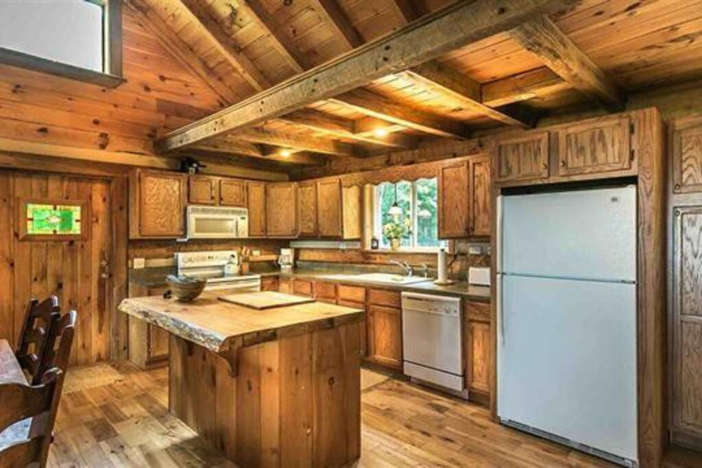 Kitchen at tree house