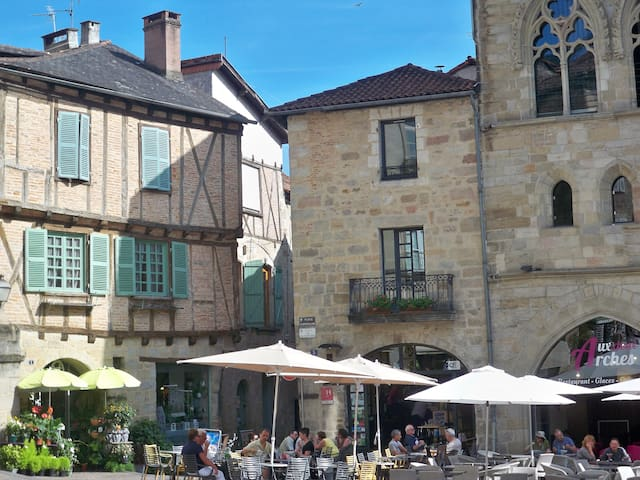 Appt lumineux, centre historique - Figeac - Casa adossada
