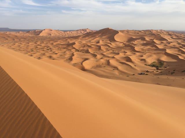 Camel trekking in Erg Chabbi Desert - Erg Chabbi  - Tenda de campanya