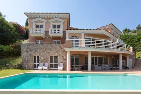 Villa standing vue panoramique - Théoule-sur-Mer - Casa