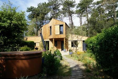2 ch,  sdb privative, forêt / mer - Jard-sur-Mer - 一軒家