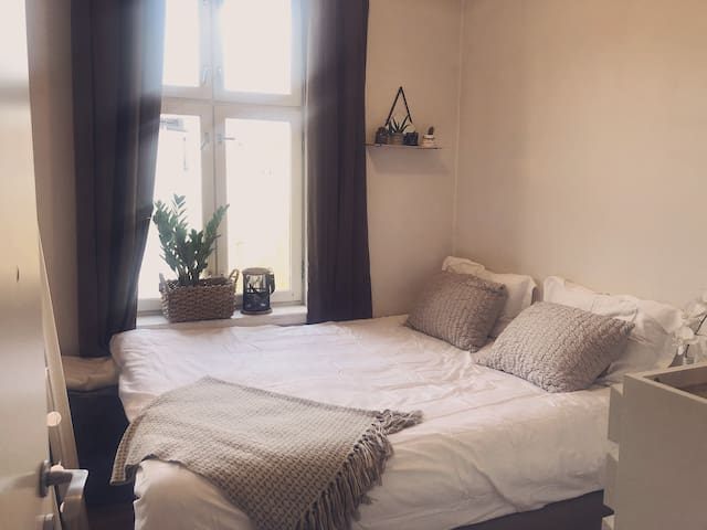 Very cosy apartment close to everything!