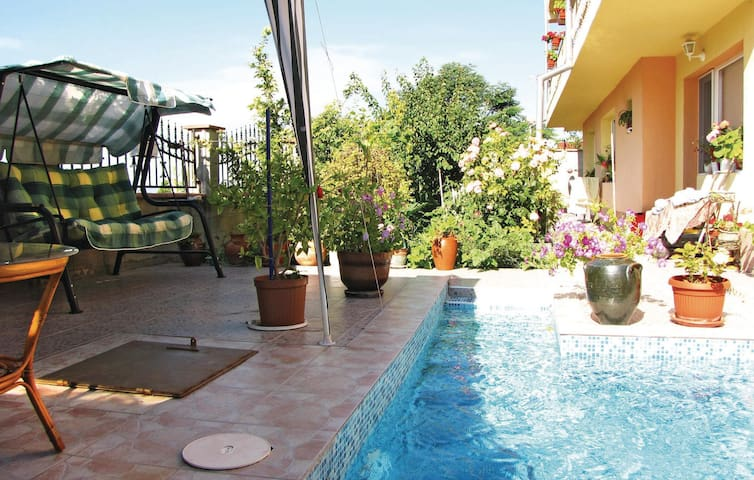 Holiday apartment with 3 bedrooms on 130m² in Balchik