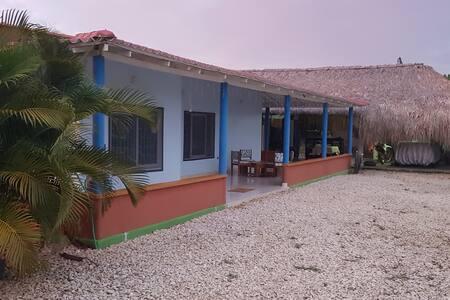 Casa De Campo En Manguelito