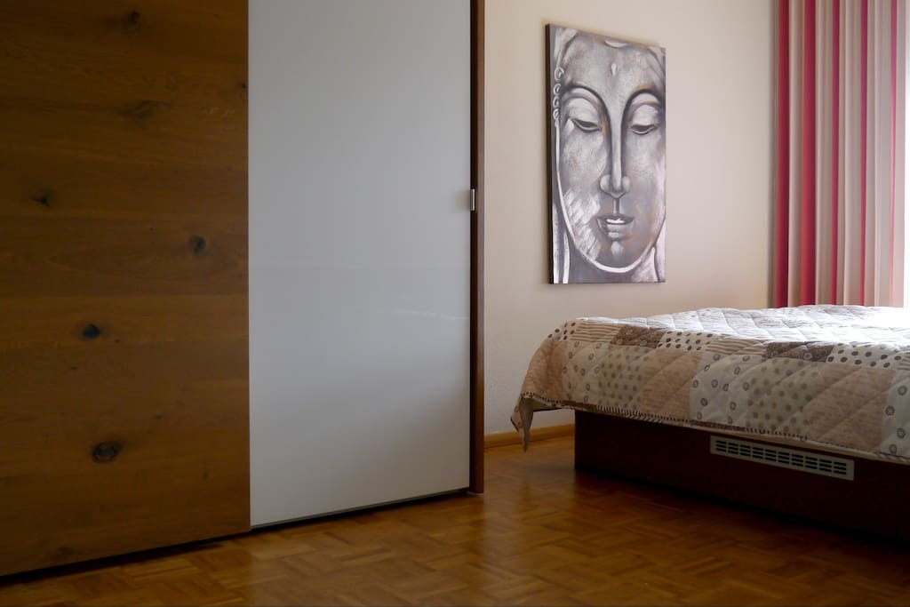 A modern,clean and quiet room for the good of you.