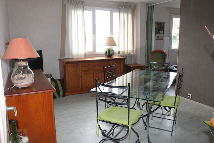 Appart. confortable 70m², parking - Cahors - Apartament