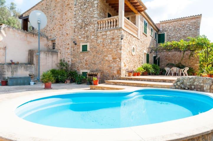 SES ROQUES - Villa for 6 people in Santa Maria del Cami.