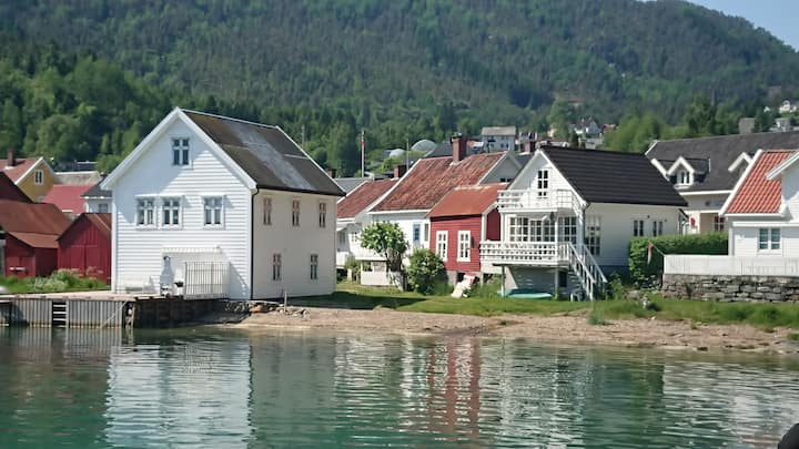 New apartment -20 m from the Sognefjord