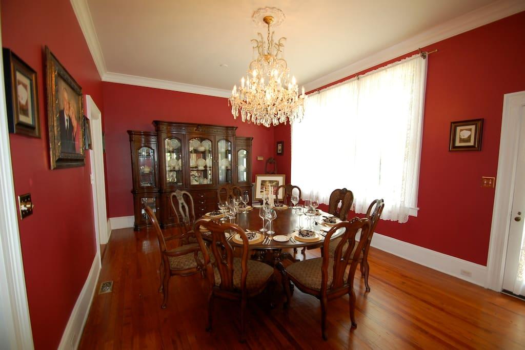 The formal dining room at An Inn on York Street