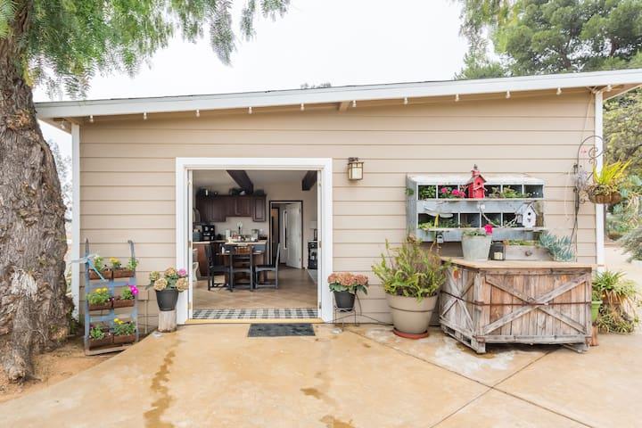 Bella Vista Ranch Guest Cottage
