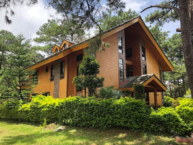 Camp John Hay Forest Cabin 16 B101 (ground floor)