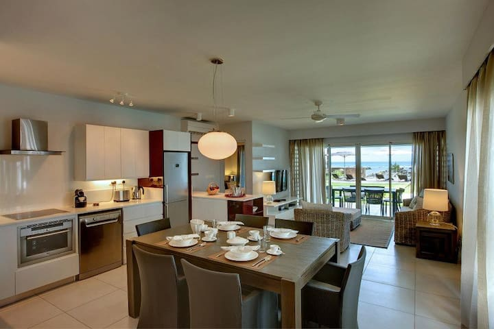 Seafront,premium,luxurious, serviced apartment - Triolet - Serviced flat
