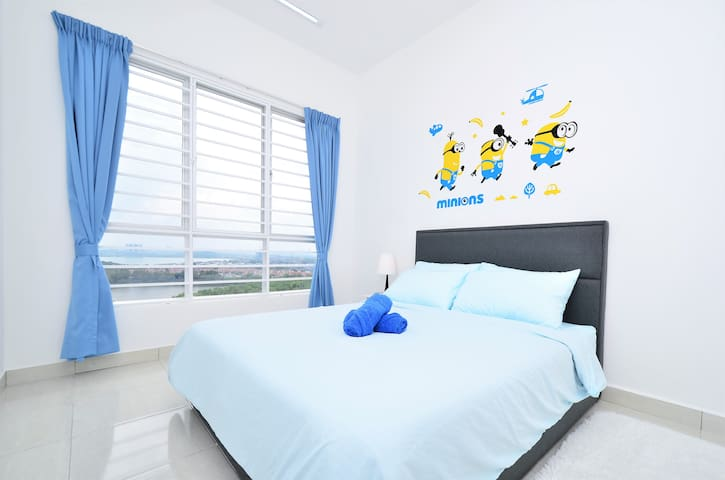 Room 1 (face lake view) attached with bathroom, wardrobe, Side Table +Table Light, Wall Hang Dressing Table+Hair Dryer, 2PCs of Towel, Fold Mattress(in the wardrobe), Ceiling Light, Fan & Air/con