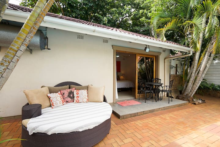 Umhlanga Self Catering Guest house room 3 - Umhlanga - ที่พักพร้อมอาหารเช้า