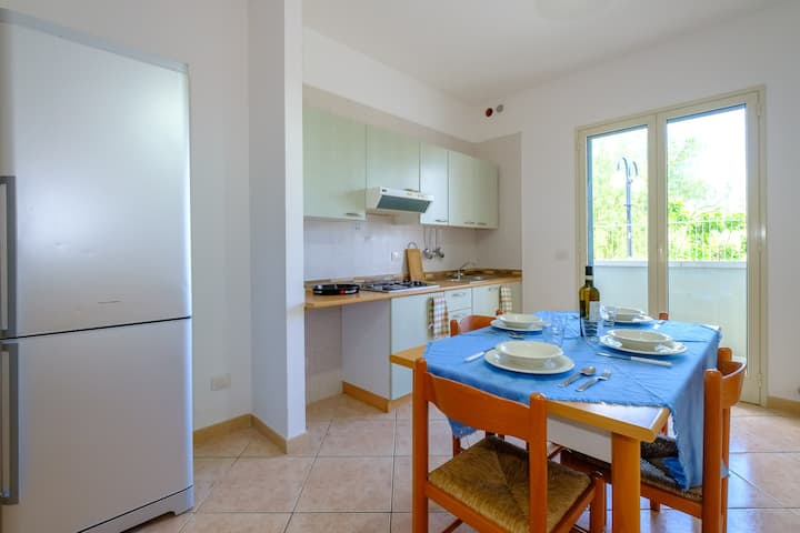 Holiday Apartment Trilocale Mediterraneo Zona Lido Close to the Sea with Terrace; Street Parking Available, Small Pets Allowed