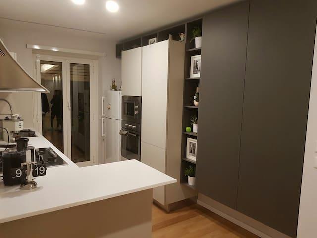 Cucina zona Living  non accessibile agli ospiti.