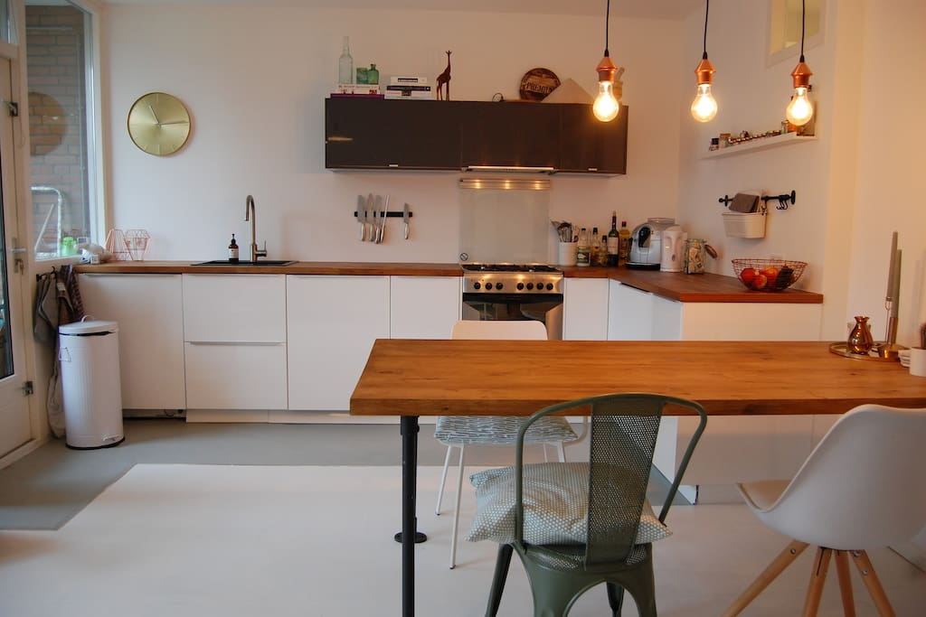 Kitchen nd dining table