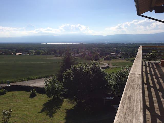 Appartement avec vue magnifique calme et champêtre - Loisin - Huoneisto