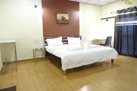 Soni Villa * LAKEVIEW * Room-105 * #Ambardi