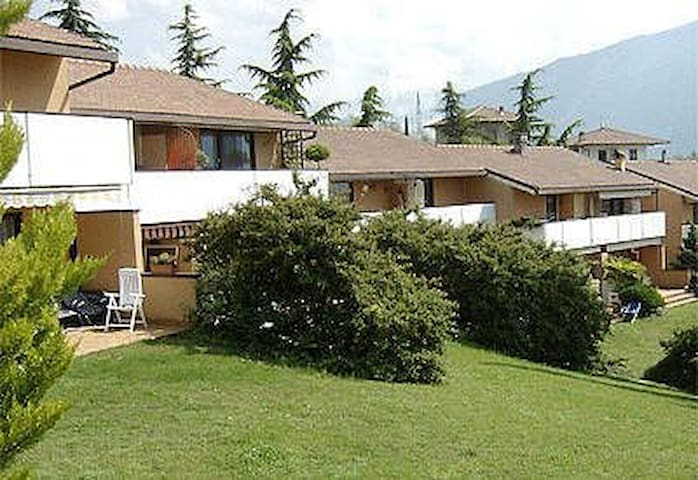 "Residence ""Due Laghi"" (with swimming pool)"