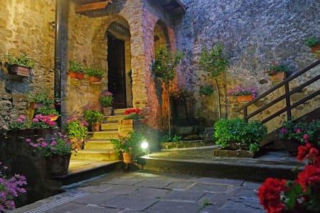 B&B Antico Convento - Rocca C. - Rocca Cilento - ที่พักพร้อมอาหารเช้า