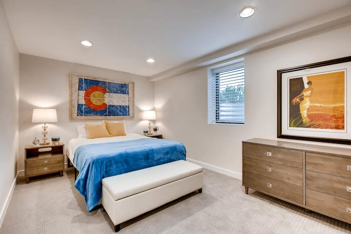 Colorado Themed Luxury 2BR/1Bath in Castle Rock