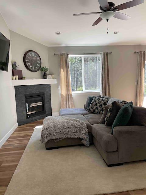 Cozy Single Room Next to Hatcher Pass