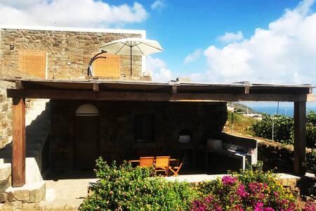 Dammuso  Bouganville Pantelleria
