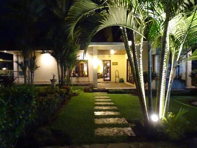 Villa Bale Solah