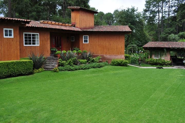 Hermosa Cabaña en  Club de Golf Rancho Viejo