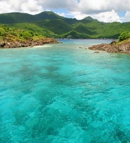 villa avec vue imprenable sur la reserve cousteau - GP - Villa