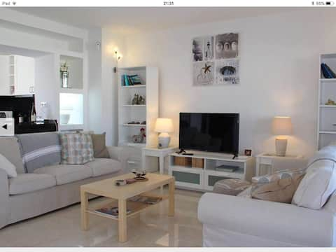 Amazing Sea Views-Villa Delfin- 1 Bed Apt