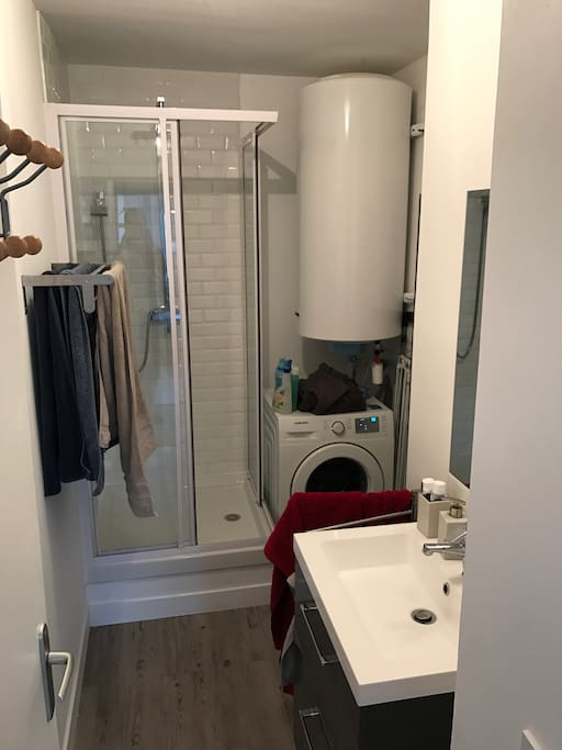 Salle de bain - machine à laver