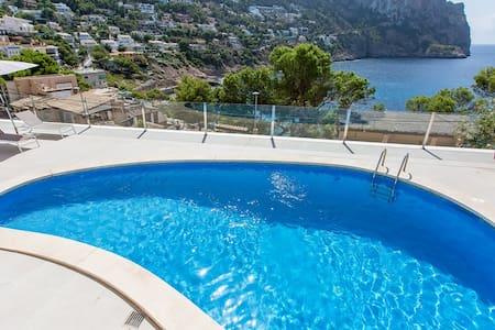 Precioso apartamento c/ maravillosas vistas al mar