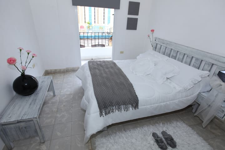 B&B Luxury Apartment in Havana's Heart