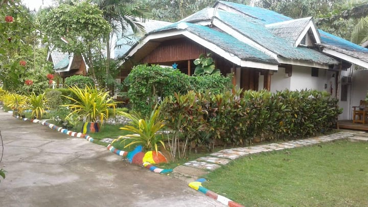 Affordable Place in Siquijor - Island Rendevoo B1