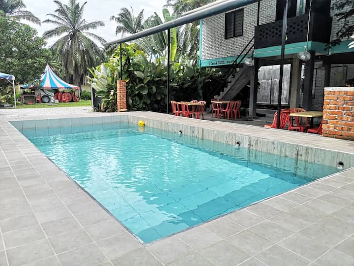 Comfort Gated Guarded Cheap Room Melaka Malacca