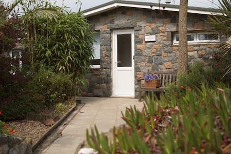 Chez Nous, Sark  Gorgeous Island Bungalow -