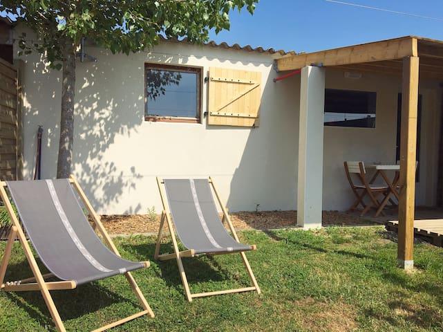 Maisonnette avec jardin sans vis à vis