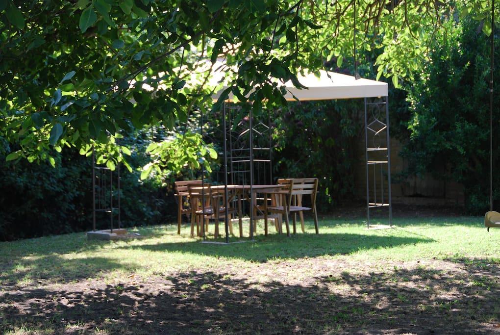 Casale rustico con giardino case in affitto a cervia emilia romagna italia - Case in affitto con giardino ...