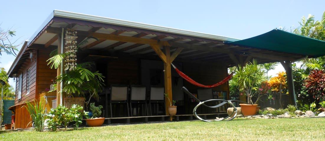 Jolie villa neuve avec jardin d'eau - GP - Huis
