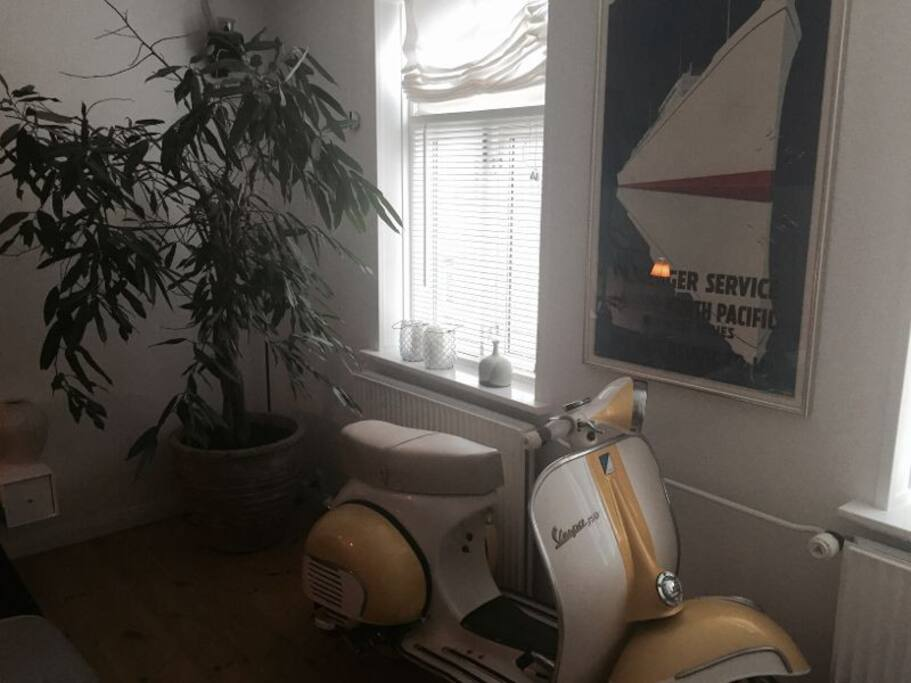 My old Vespa from1962 is also in the room