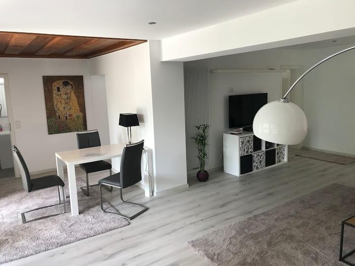 Große Wohnung m. Terrasse in Bonn schnell in Köln