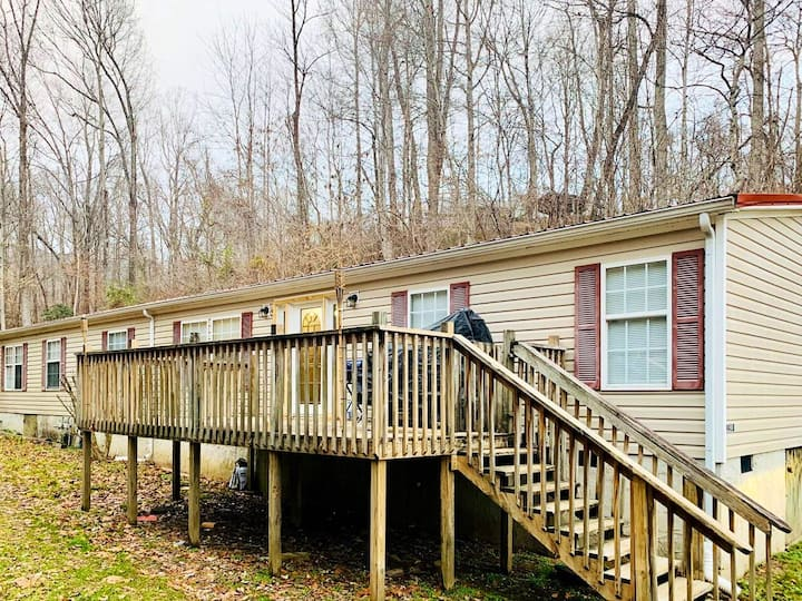 Brushy Mountain Lodge @ Windrock Park